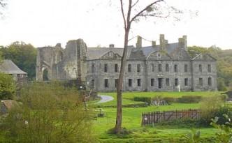 L'abbaye de Bon Repos - Gîte de Ty Kalon Breizh